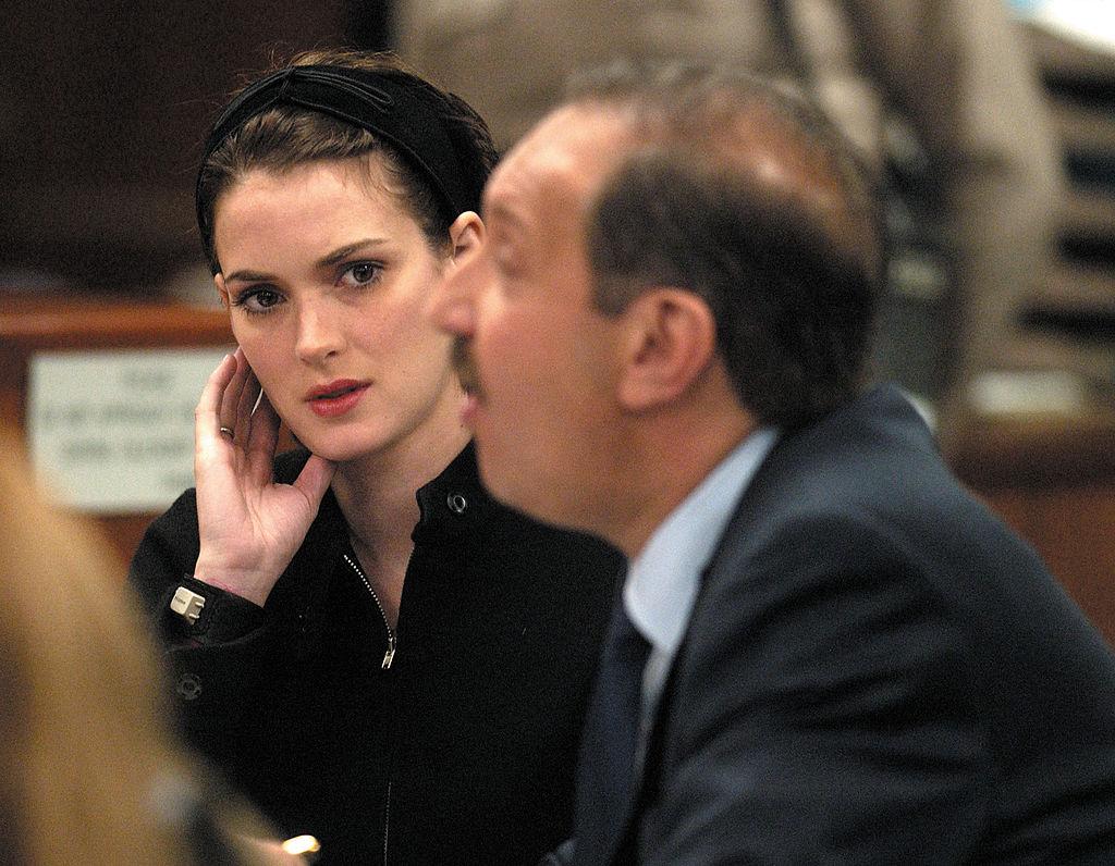 winona ryder sentenced for shoplifting