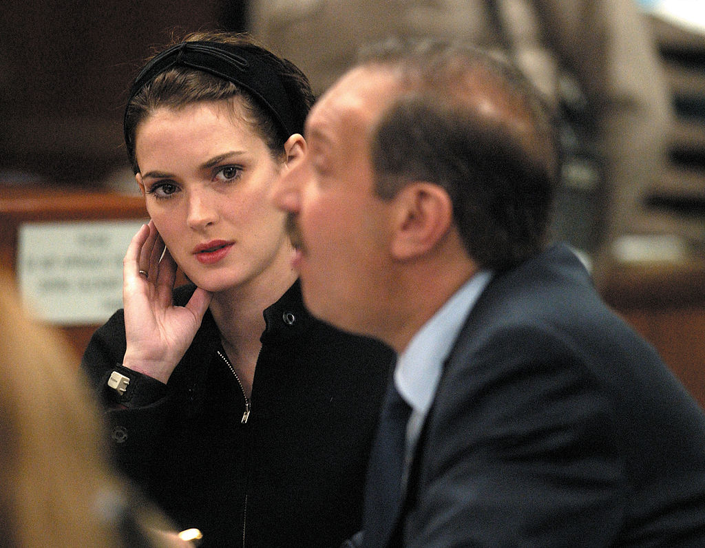 winona ryder sentenced for shoplifting