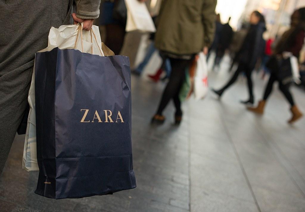 shopping bag at Zara