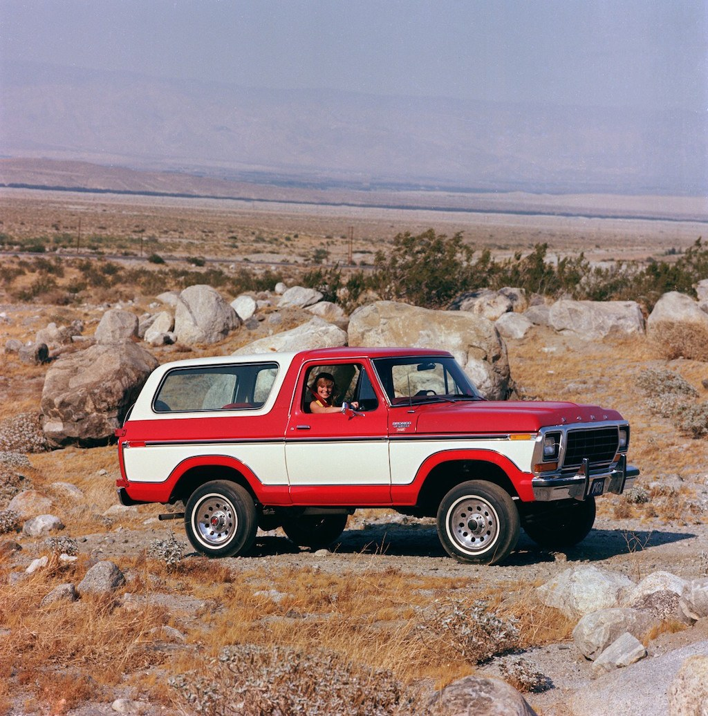 12 Iconic Suvs That Need To Make A Comeback 1969 Ford Bronco Ranger