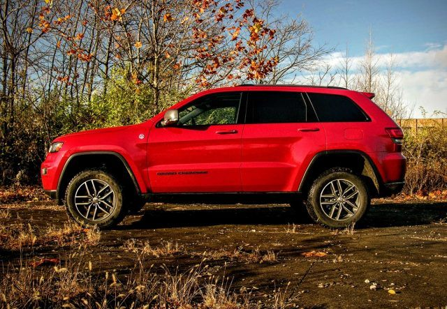 Jeep Grand Cherokee with raised suspension