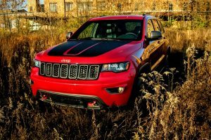 The Jeep Grand Cherokee Trailhawk Offers Off-Roading Fit for Royalty