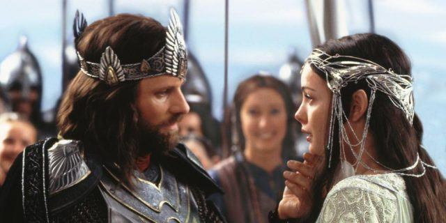 Aragorn (Viggo Mortensen) and Arwen (Liv Tyler) in 'Lord of the Rings: Return of the King'