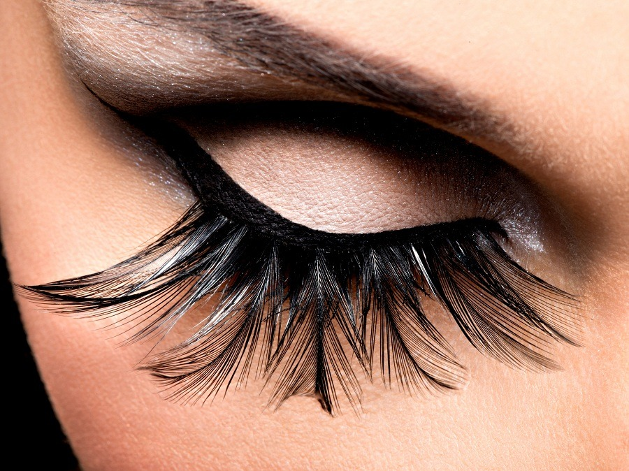 Beautiful Eye Makeup with long false eyelashes