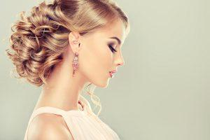 10 Easy Wedding Hair Styles Brides Can Do Themselves