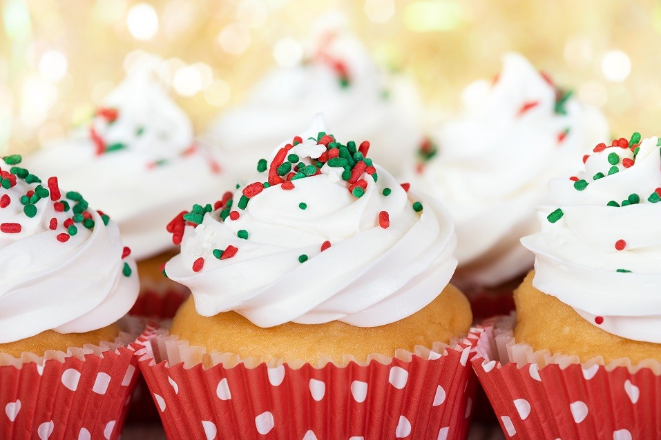 Christmas cupcakes with vanilla frosting