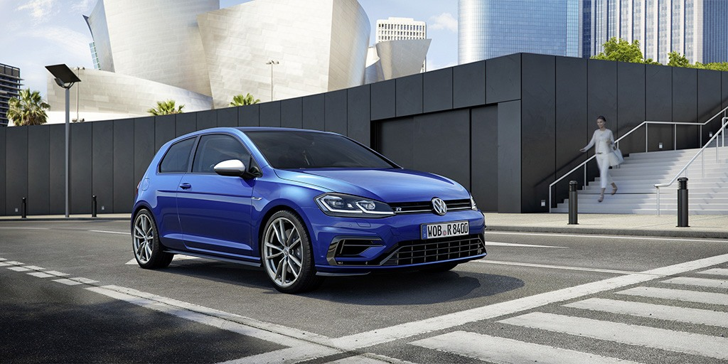 2018 Volkswagen Golf R   Volkswagen