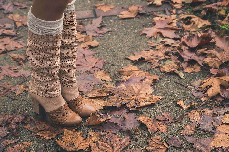 woman wearing long shoes