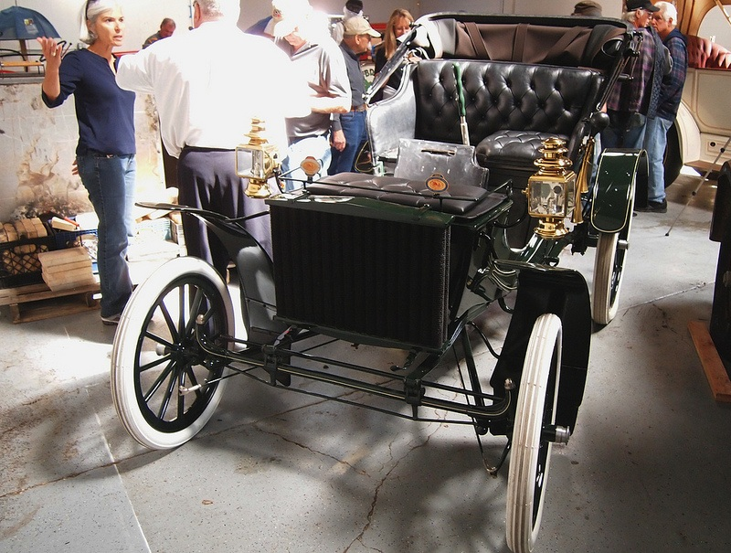 10 of the Oldest Cars in the World