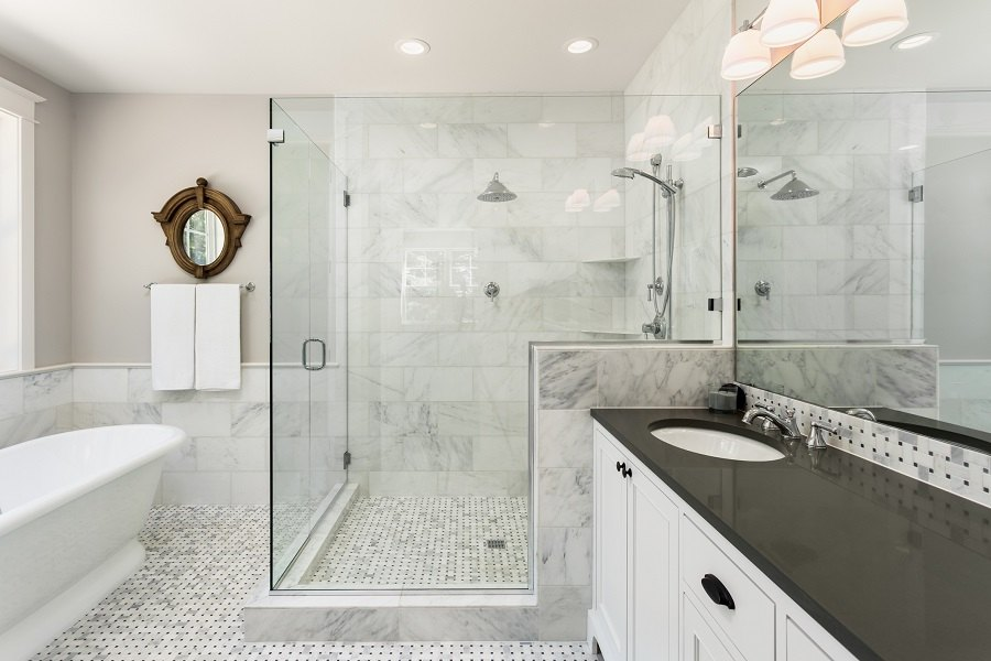 Elegant Beautiful master bathroom with shower