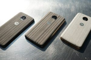 Moto Z Review: Peculiar Phones for Very Particular People
