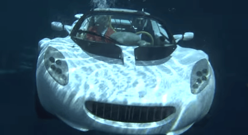 Rinspeed sQuba submerged underwater