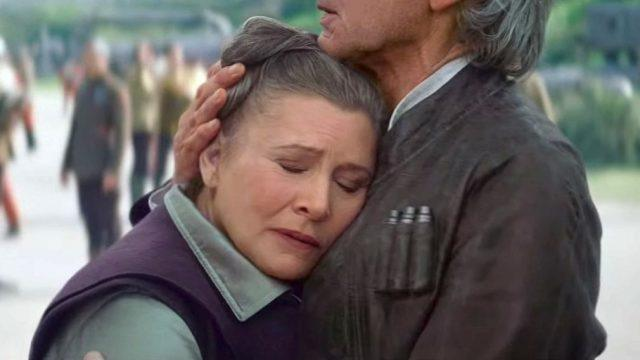 Leia and Han hugging as she leans against him.