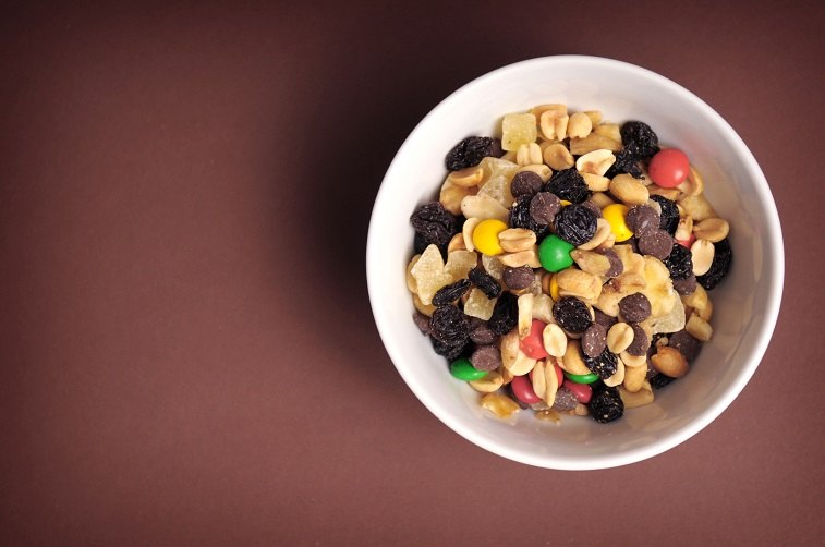 sweet and nuts trail mix in a bowl