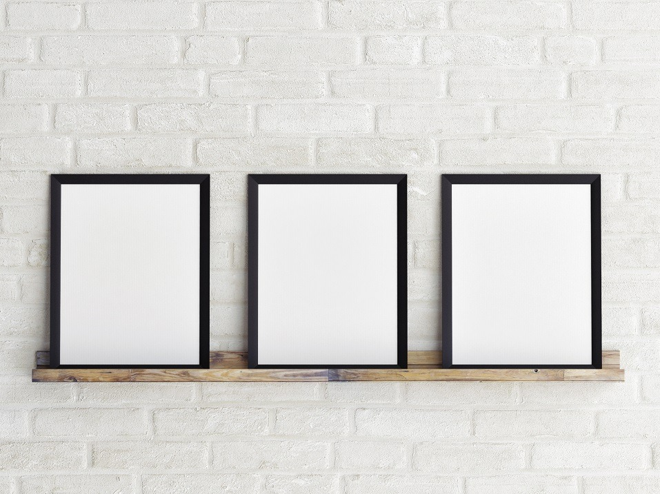 empty picture frames