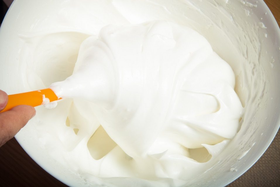 Whipped egg whites for pastry