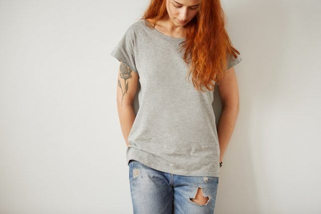Girl wearing gray blank T-shirt