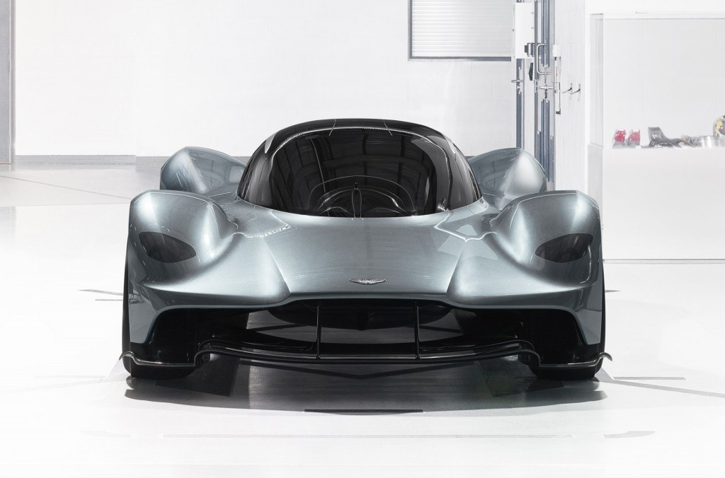 aston-martin-am-rb-001_100557794_l