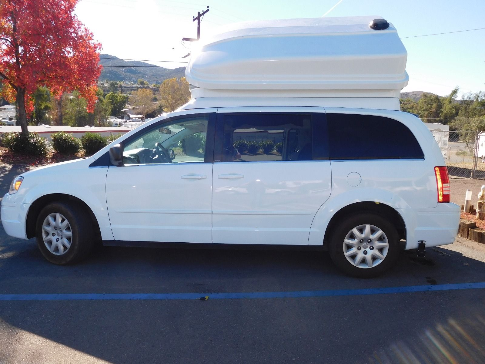 A 2010 Chrysler Town and Country van.