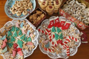7 Easy Recipes for Your Holiday Cookie Exchange