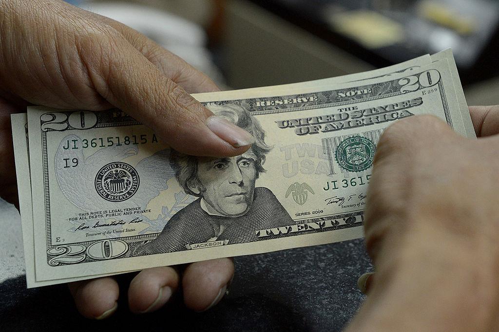 counting $20 bills