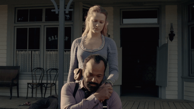 Dolores (Evan Rachel Wood) comforts Arnold (Jeffrey Wright) in a scene from the Season 1 finale of 'Westworld'