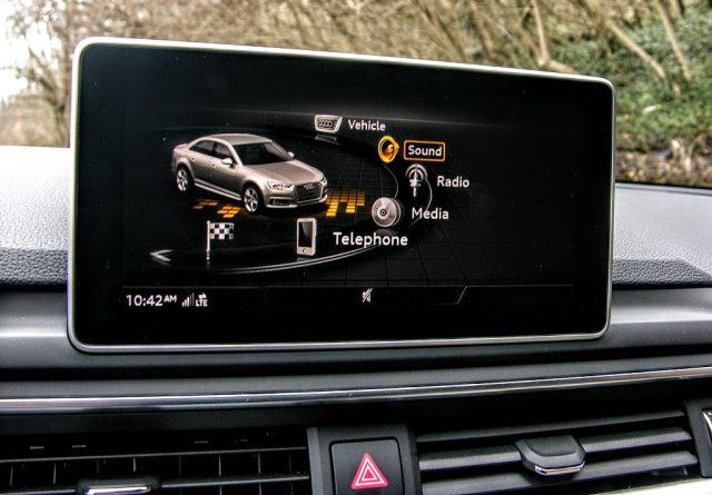 radio gps for cars