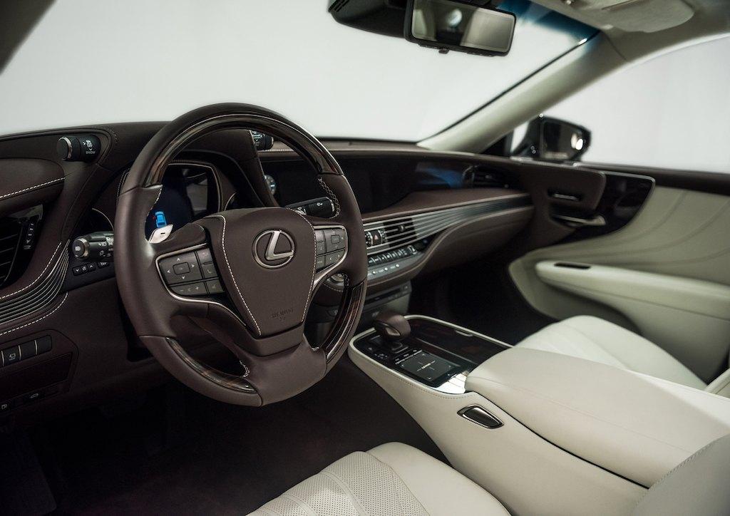 2018 Lexus LS500 Interior