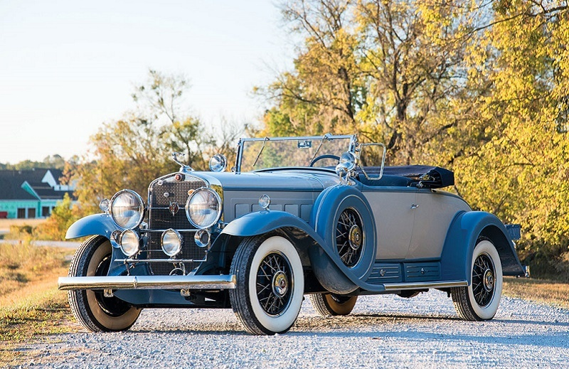 1930 Cadillac V-16 Roadster by Fleetwood