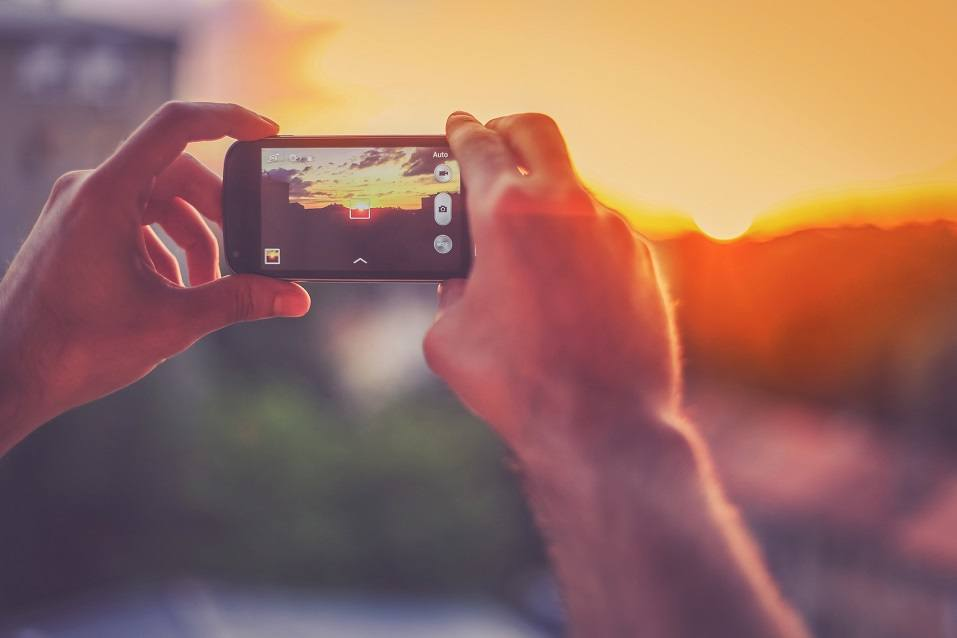 Capturing the moment with a smartphone for Instagram