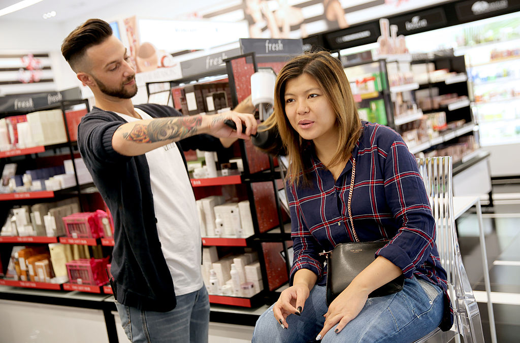 celebrity hair stylist Jen Atkin's personal appearance with Dyson in Sephora at The Grove