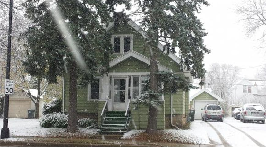 house on a snowy day