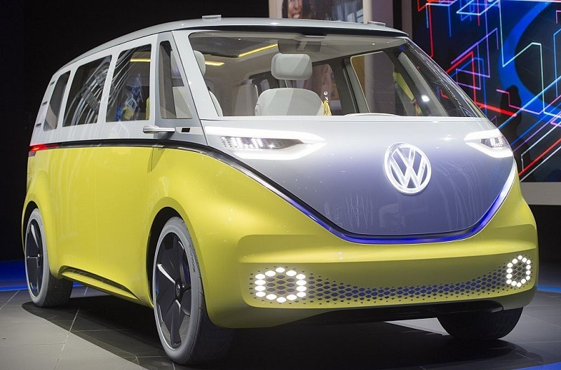 The Volkswagen I.D. Buzz autonomous minibus concept is unveiled during the 2017 North American International Auto Show in Detroit, Michigan, January 9, 2017.