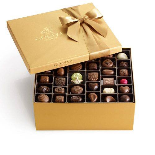Product photo of Godiva Gold Gift Box of Assorted Chocolate