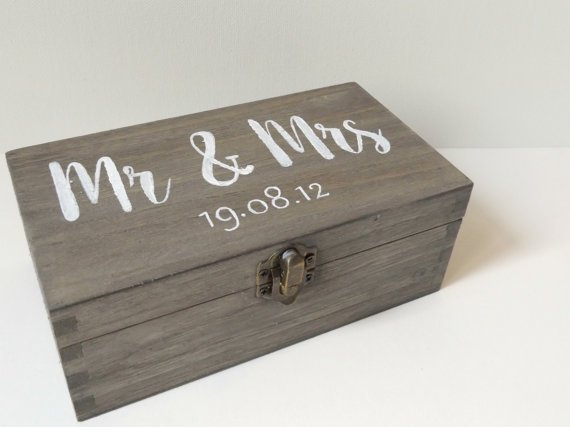 Product photo of the personalized Mr. & Mrs. wooden box