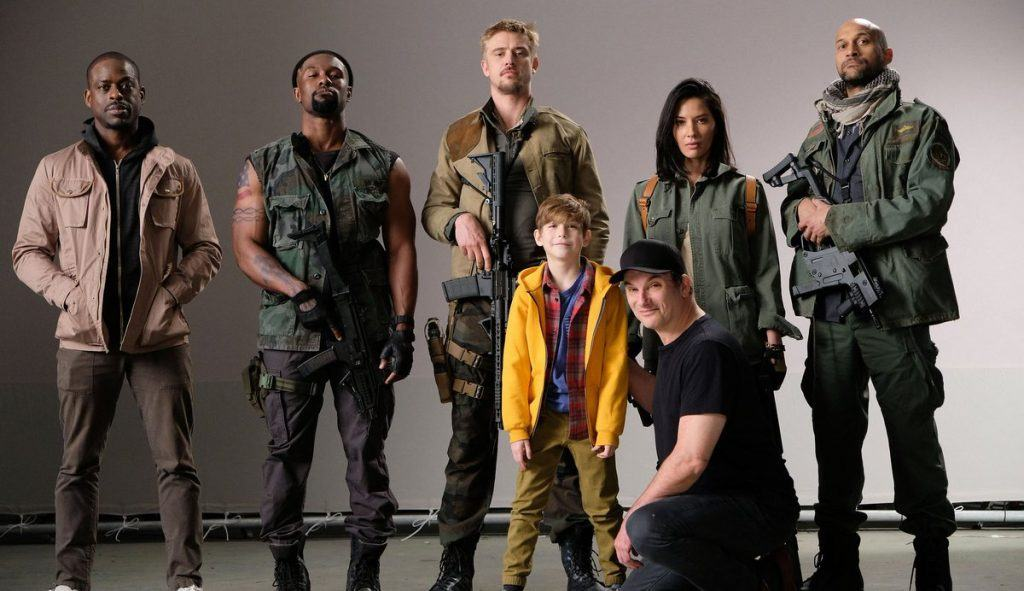 The cast of The Predator assembled together in a promo image