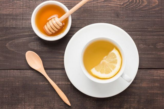 Hot water with lemon and honey