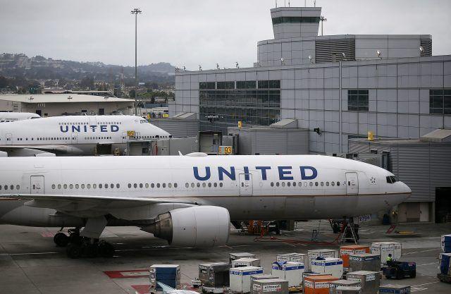 United airplane