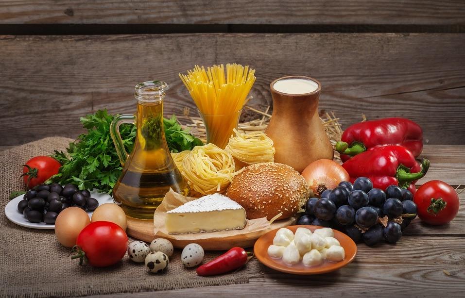 Foods comprising a well-balanced diet
