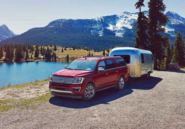 2018 Ford Expedition   Ford