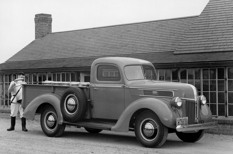 1941 Ford Express