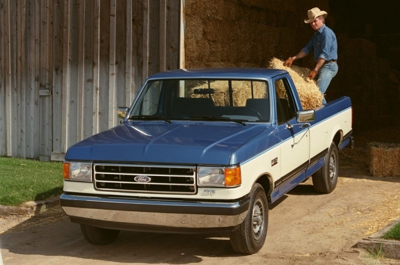 Archival shot of 1989 Ford F-150