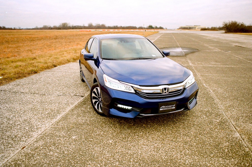 Front view of 2017 Honda Accord Hybrid