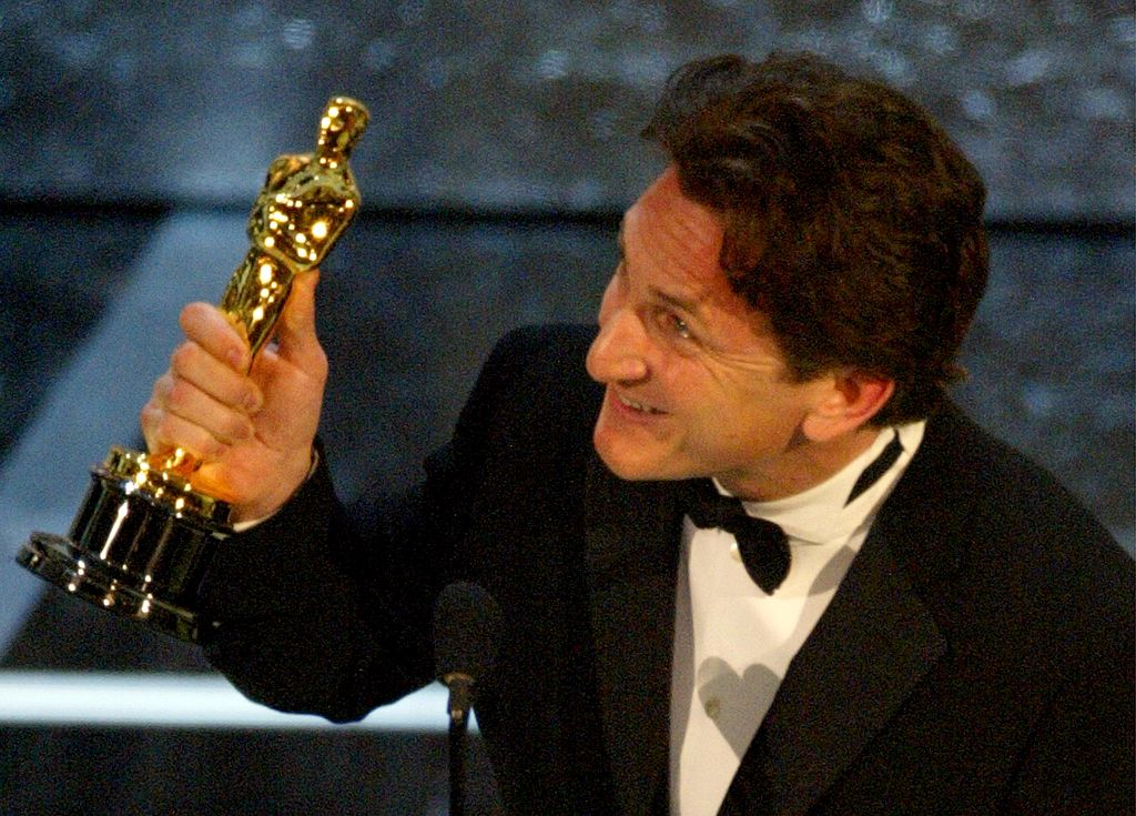 """Actor Sean Penn accepts his award for Best Actor for his performance in """"Mystic River"""""""