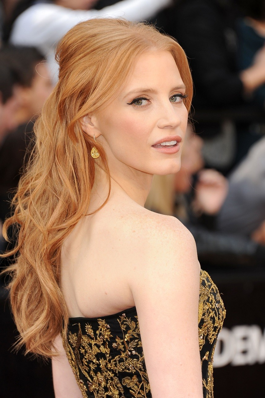 Actress Jessica Chastain arrives at the 84th Annual Academy Awards