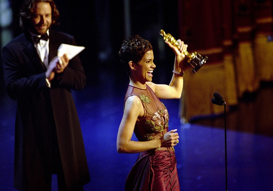 "Oscar Winner Halle Berry Winner Accepts The Best Actress Academy Award For Her Performance In The Film ""Monster's Ball"""