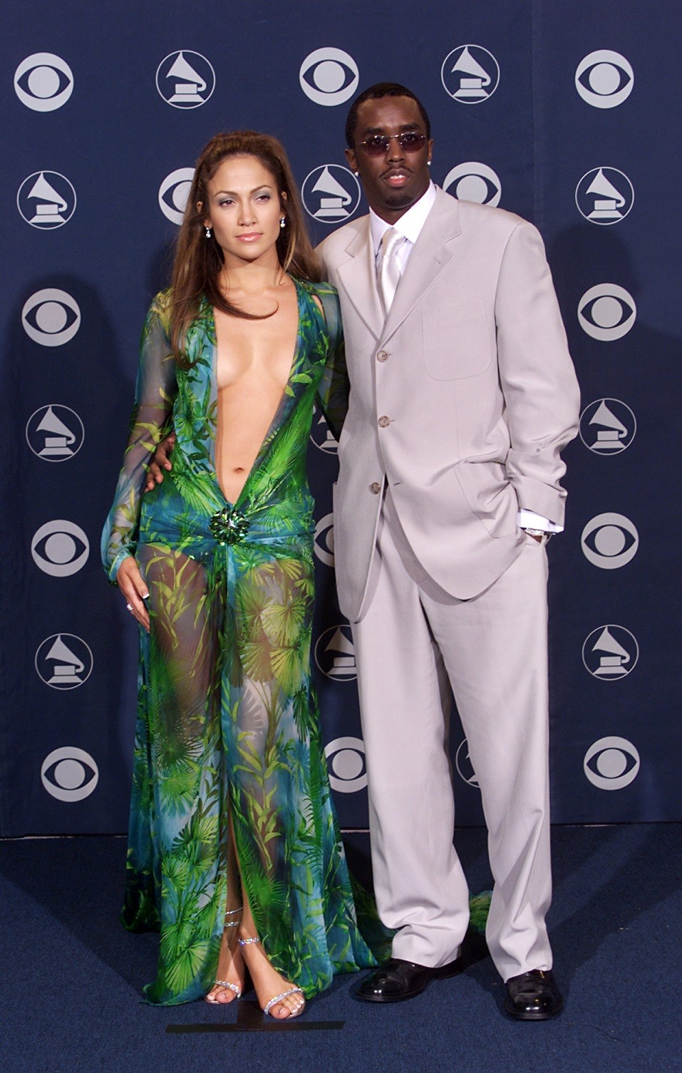 Jennifer Lopez and Sean 'Puffy' Combs at the 2000 Grammy Awards