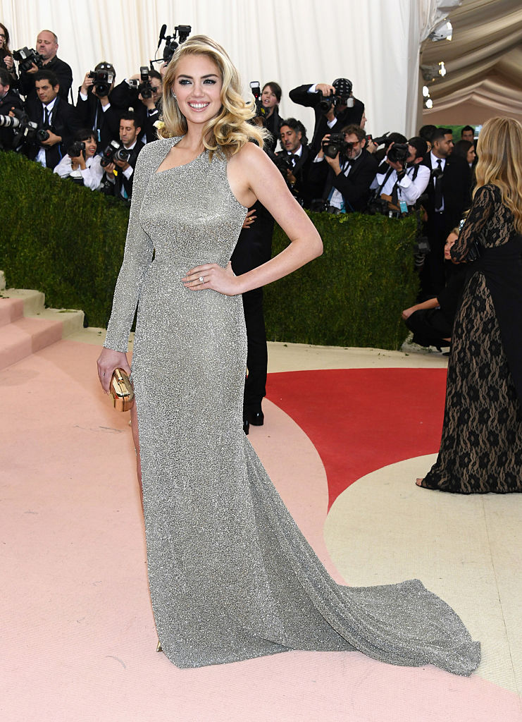 Kate Upton attends the Manus x Machina: Fashion in an Age of Technology Costume Institute Gala