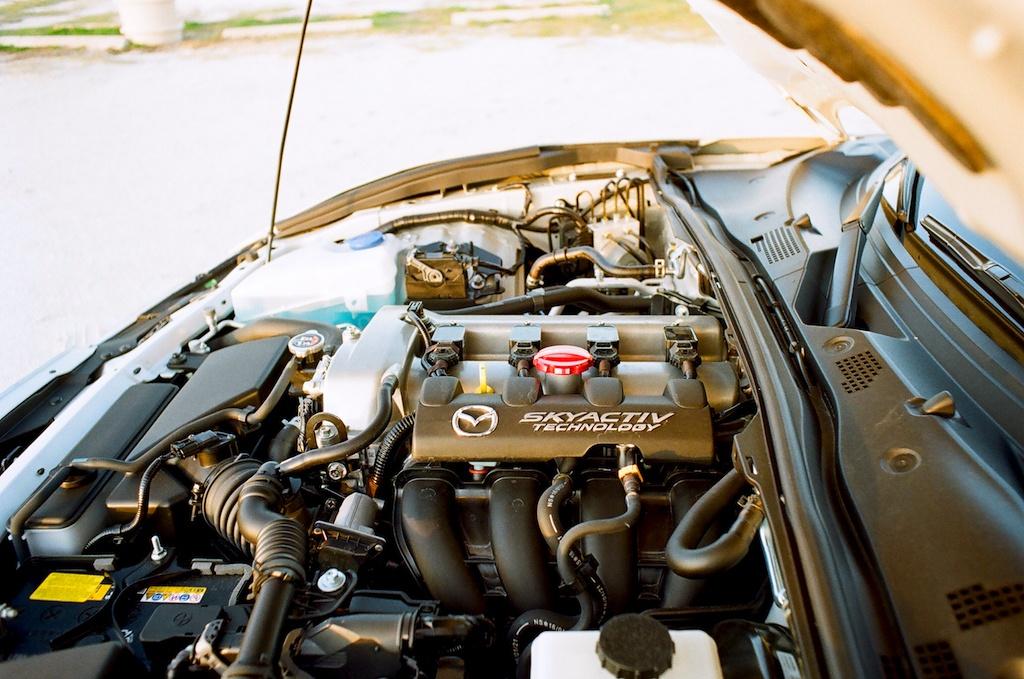 engine of the 2017 Mazda Miata GT