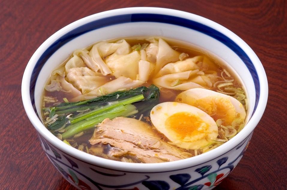 Wonton noodle soup in a bowl